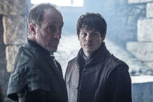 gallery-1455291934-michael-mcelhatton-iwan-rheon-got